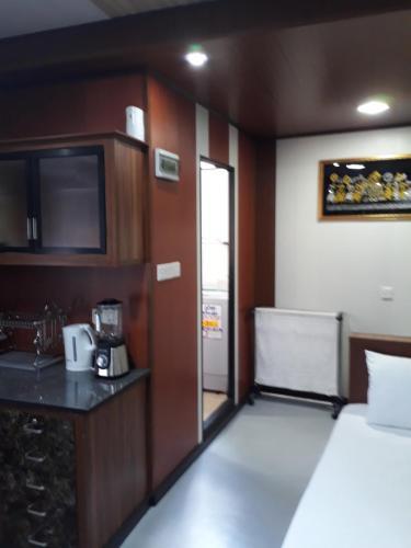 . Jude Rest Inn
