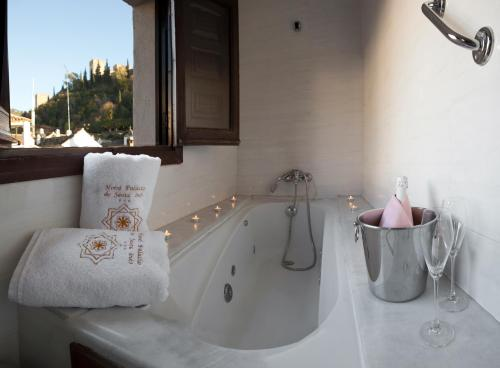 Doppel- oder Zweibettzimmer mit Blick auf die Alhambra Palacio de Santa Inés 13