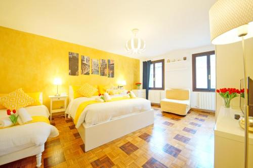 Calle dei Fabbri Apartment, Pension in Venedig