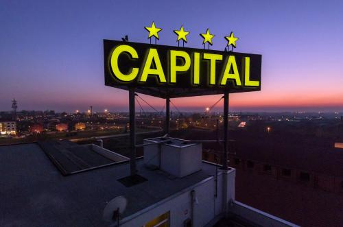 __{offers.Best_flights}__ Hotel Capital