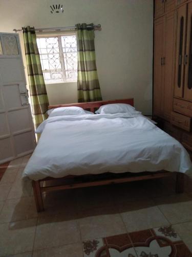 Ngimwa Residence, Kieni