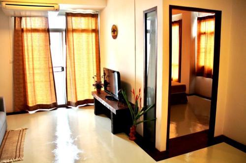 The Meet Green Apartment photo 5