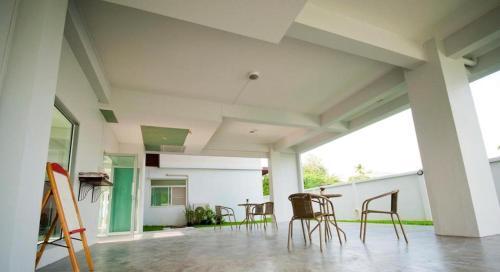 The Meet Green Apartment photo 17