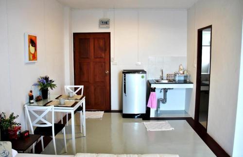 The Meet Green Apartment photo 23