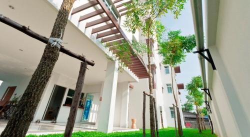 The Meet Green Apartment photo 39