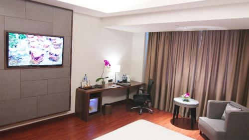 Superior Double Room (Smoking)