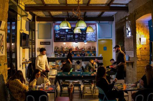 NeapolitanTrips Hostel & Bar, 80133 Neapel