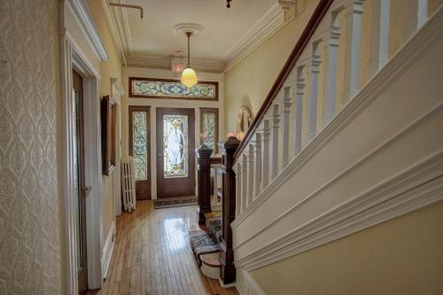Banberry House Heritage Inn - Photo 3 of 31