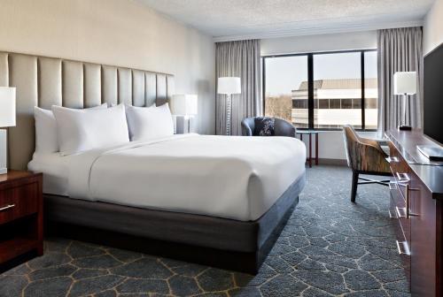 DoubleTree By Hilton Fairfield Hotel & Suites - Fairfield, NJ NJ 07004