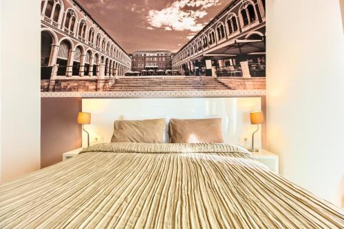 Split Urban Rooms I****