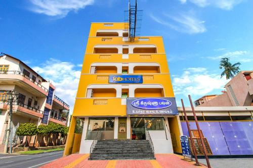 . FabHotel Radha Residency Kottakuppam