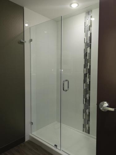 Best Western Plus Hinton Inn & Suites - Hinton, AB T7V 2A1