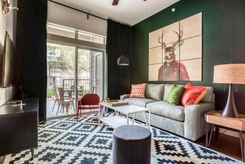 Stylish 1BR by Downtown Austin #149 by WanderJaunt