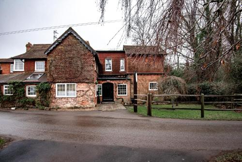 Trivelles Waterhall Country Hotel - Gatwick