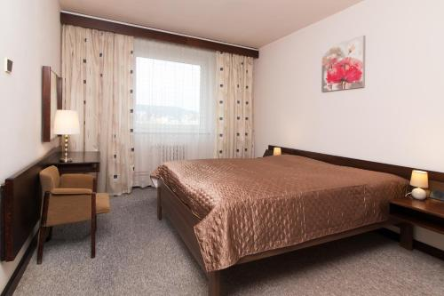 Suita z 1 spalnico (2 odrasla) (One-Bedroom Suite (2 Adults))