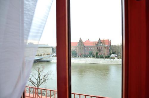 Photo - WenderEDU Business Center