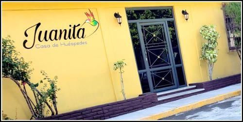 . Casa de Huéspedes Juanita