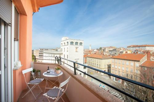 Polai Panorama Apartments with FREE Parking, Pension in Pula