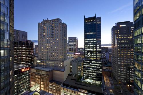 Swissotel Sydney - image 8