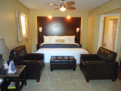 Bayside Inn&Waterfront Suites - Accommodation - Kingston