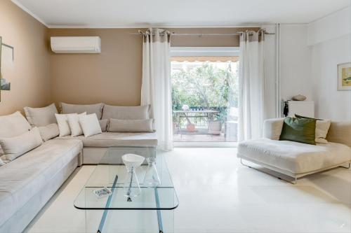 Unique Luxurious Apartment at Athenian Riviera