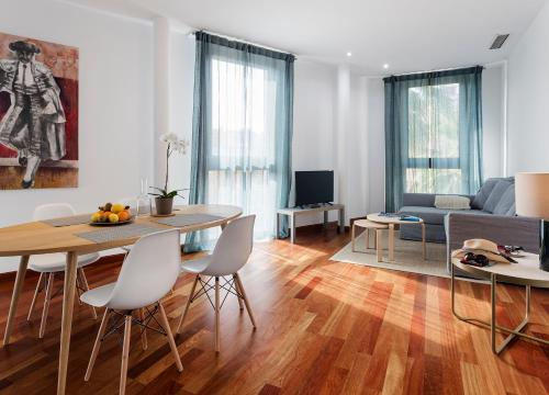 Apartamentos Turísticos Torre de la Plata Hovedfoto