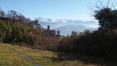 Rez de jardin - Calme et nature aux portes de Grenoble - Hotel - Corenc
