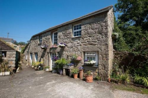 The Old Barn ( At Chypons), Nancledra, Cornwall
