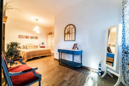 Habitación Familiar con terraza Hotel Boutique Al- Ana Marbella 34