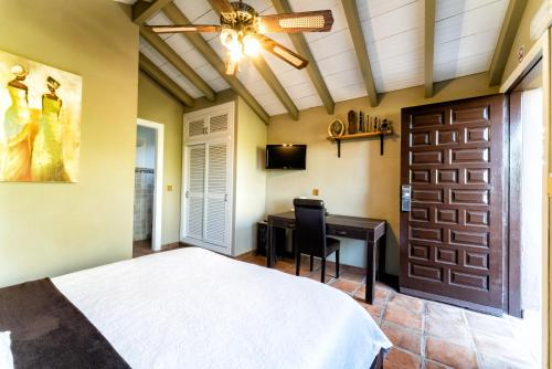 Double Room with Garden View Hotel Boutique Al- Ana Marbella 20