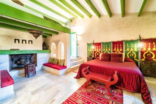 King Room with Two King Beds Hotel Boutique Al- Ana Marbella 11
