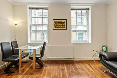 Lovely 1 Bed apt sleeps 4 in Covent Garden