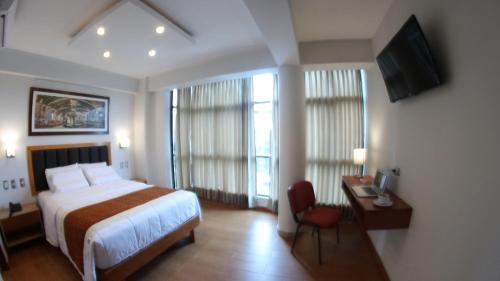 . Ottavis Hotel & Café