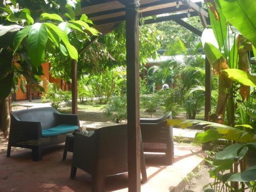 Фото отеля Aracari Garden Hostel