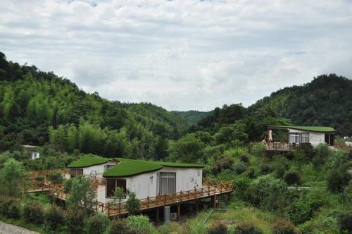 Scenery Retreats