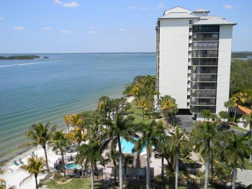 . Resort Harbour Properties - Fort Myers / Sanibel Gateway
