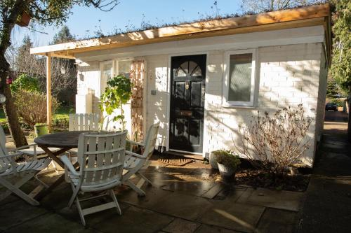 The Artists Cottage - Photo 2 of 40