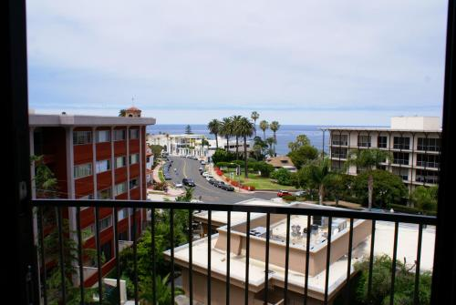 Inn by the Sea at La Jolla - La Jolla, CA CA 92037