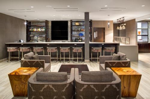 Doubletree By Hilton Halifax Dartmouth - Photo 7 of 25