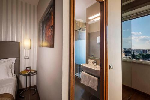 Best Western Hotel Piccadilly - image 5