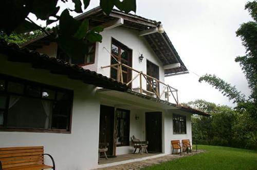 . Hotel & Cabañas Amara Café