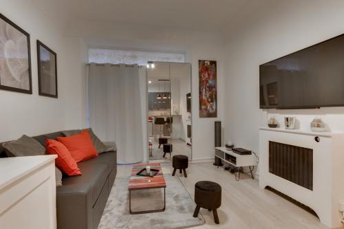 HostnFly apartments - Superb apt design located near Nation