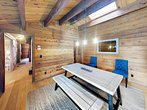 Robin Cabin Cabin - Hotel - Glenbrook