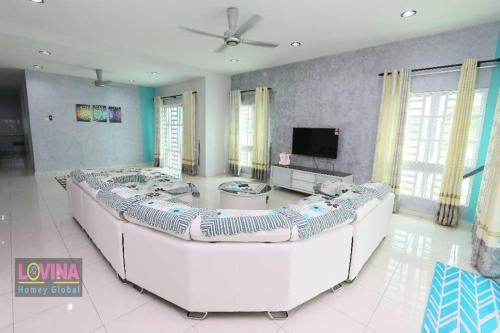 Rumah Tamu Lovina Arau