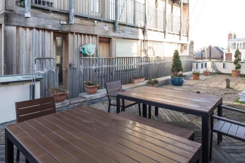 . Skyline Temple Bar Apartment