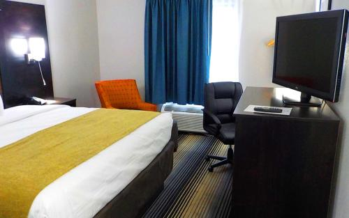 Surestay Hotel By Best Western Florence - Florence, KY 41042