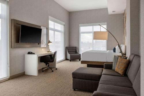 Cambria Hotel West Orange - West Orange, NJ 07052