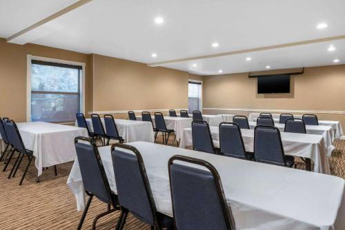 Comfort Inn Ocala Silver Springs - Ocala, FL 34474