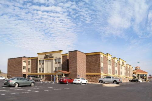 . Quality Inn & Suites Ames Conference Center Near ISU Campus