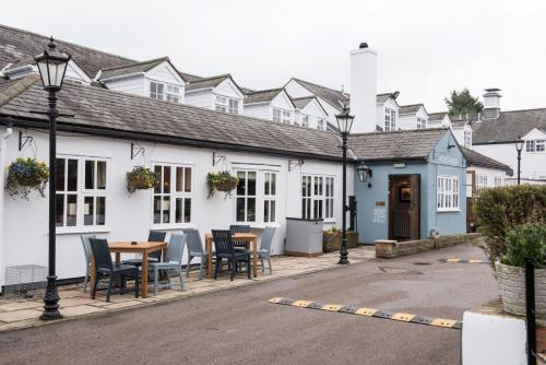 . Innkeeper's Lodge Aylesbury - South , Weston Turville